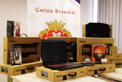 Komputery zakupione w ramach programu Zdalna Szkoła